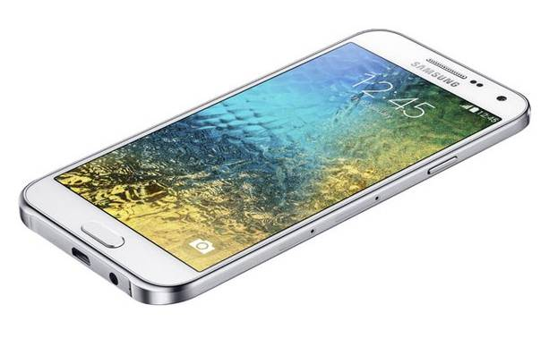 Samsung Unveils Galaxy S6 E5 and E7