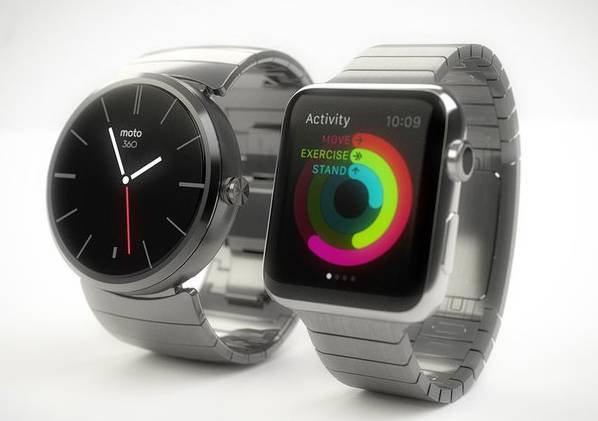 Users confused Moto 360 – Apple Watch